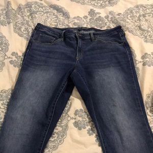 Universal Thread Midrisd Skinny Jeans
